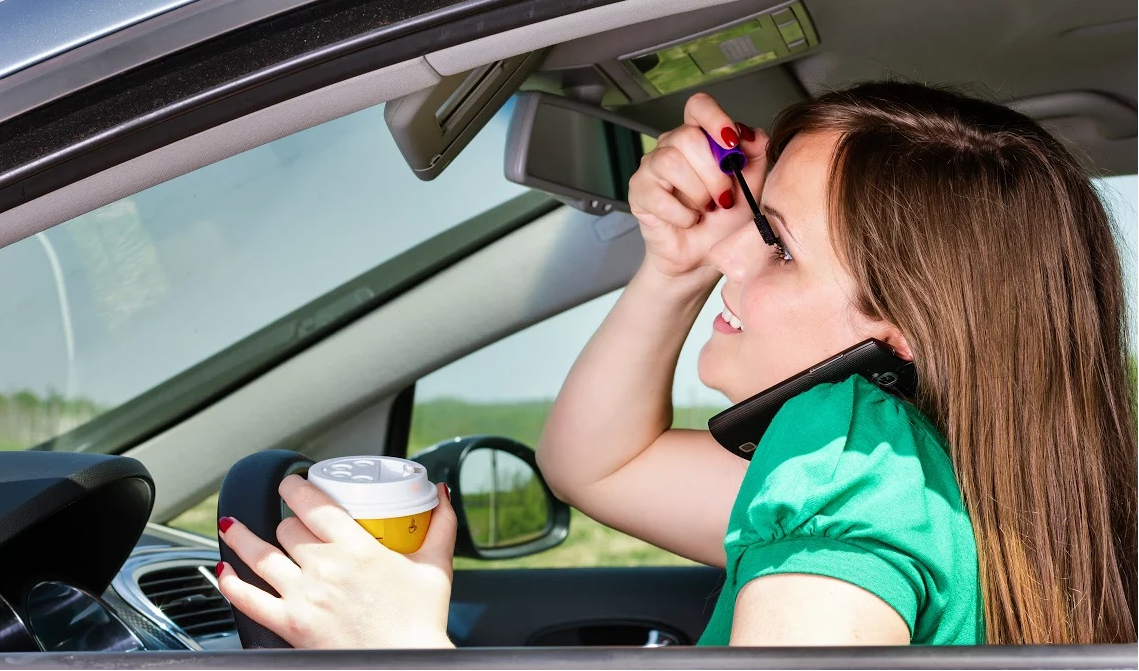 Floridian Distracted Drivers Responsible for over 50k Crashes
